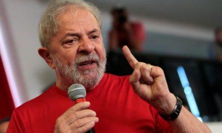 Lula cobra posição 'urgente' do Congresso contra vídeo de Bolsonaro