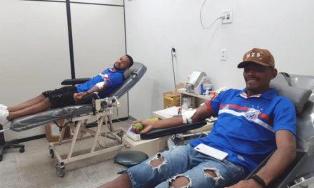 Jogadores do Bragantino fazem caravana para doar sangue