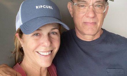 Tom Hanks diz que ele e a mulher estão se sentindo melhor duas semanas após diagnóstico de coronavírus