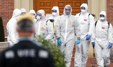 Espanha tem 6.600 novos casos de coronavírus e mais de 500 mortes durante a noite de segunda (23)