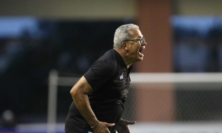 Em quarentena, técnico do Paysandu fala sobre período de 'abstinência' do futebol