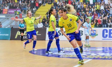 Amandinha é eleita melhor jogadora de futsal do mundo pelo 6º ano seguido