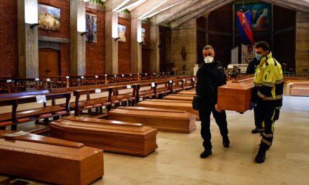 Itália tem quase mil mortes causadas pela Covid-19, o recorde diário