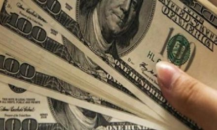 Gorjeta de US$ 10 mil é deixada em restaurante antes de todos serem demitidos por crise do coronavírus