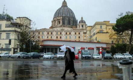 Itália registra menor número de mortos desde 19 de março