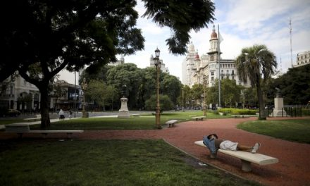 Governo da Argentina estende período de quarentena até 26 de abril