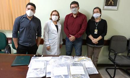 Ufra entrega 100 kits de viseiras faciais de proteção ao Hospital Barros Barreto