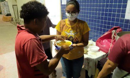 População em situação de rua recebe atendimento para prevenir o coronavírus