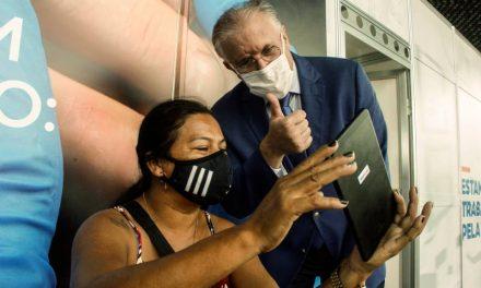 Hospital de Campanha adota visita virtual entre pacientes e familiares durante pandemia