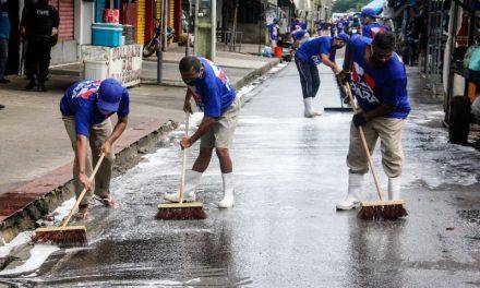 Internos fazem limpeza e desinfecção de feiras na Grande Belém