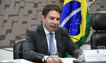 Após decisão de Moraes, Bolsonaro cancela nomeação de Ramagem para direção da PF