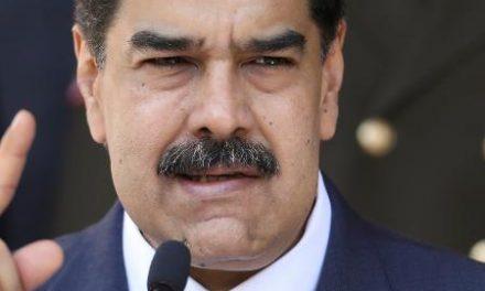 Governo Maduro diz que interceptou invasão de 'mercenários' da Colômbia
