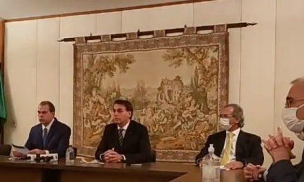 Bolsonaro vai ao STF com ministros e empresários e faz apelo para amenizar medidas restritivas nos estados