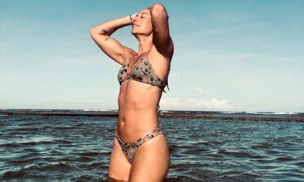 """Paolla Oliveira relembra dia de praia e mar: """"Saudade"""""""
