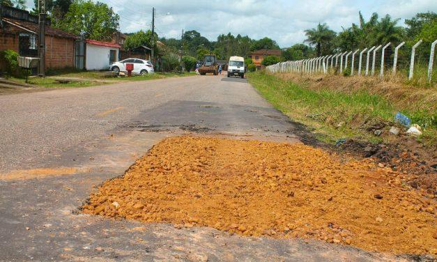 Prefeitura de Santa Izabel trabalha na manutenção de vias