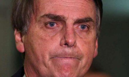 Bolsonaro trocou segurança antes de reunião, o que contradiz sua versão