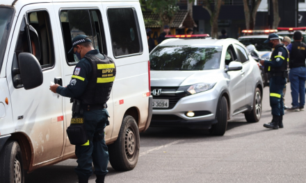 Polícia Militar assegura o cumprimento do lockdown em municípios da região metropolitana