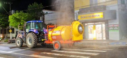 Prefeitura intensifica a desinfecção da cidade contra o coronavírus