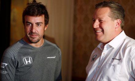 """CEO da McLaren diz que Renault """"nem tem o que pensar"""" para contratar Alonso em 2021"""