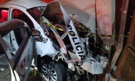 PM morre ao bater carro em muro durante perseguição na Zona Leste de SP