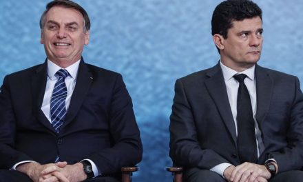 Moro diz que se negou a ser 'papagaio' de Bolsonaro e que presidente é 'negacionista'