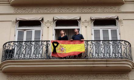 Espanha declara dez dias de luto nacional por vítimas da Covid-19