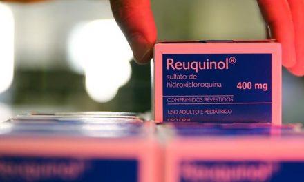 França revoga uso de hidroxicloroquina para tratamento de covid-19 em meio a temores por segurança
