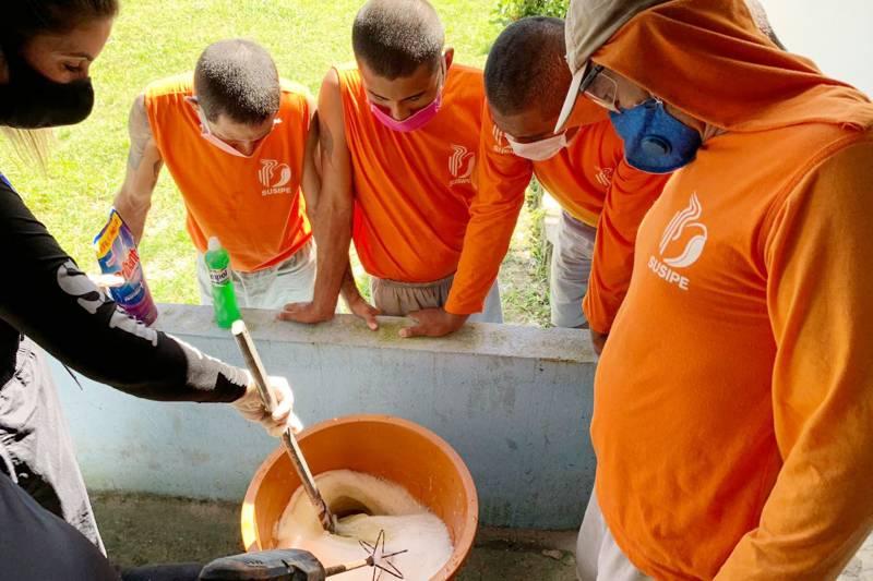 Curso ocorre com a participação de 10 custodiados na Colônia Penal Agrícola de Santa Izabel