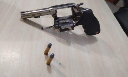 GTO do 33° BPM realiza prisão e apreensão de arma e moto roubada em Bragança