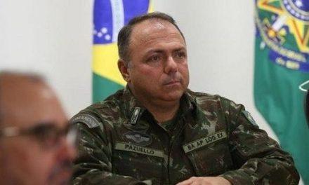 Bolsonaro formaliza general Eduardo Pazuello como ministro interino da Saúde