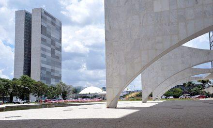 Bolsonaro veta uso de R$ 8,6 bilhões no combate ao coronavírus