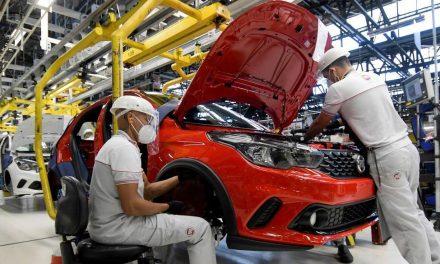 Indústria deve deixar de vender mais de 1,3 milhão de veículos neste ano