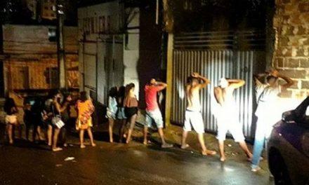 Festa com bebida alcoólica é encerrada em galpão no bairro de Sussuarana, em Salvador
