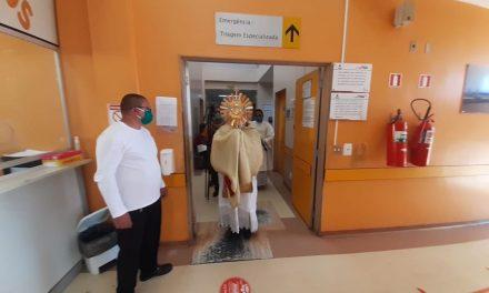 Hospital Geral de Tailândia recebe bênçãos do Santíssimo Sacramento