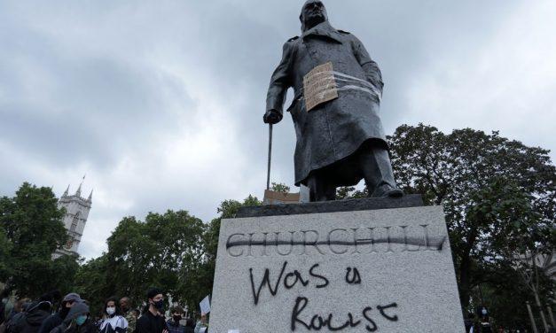 Polícia impõe restrições a protestos em Londres contra o racismo