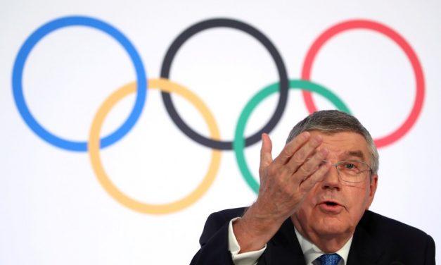 """""""Silêncio levou ao abuso"""": Global Athlete exige fim de regra que proíbe protestos nas Olimpíadas"""