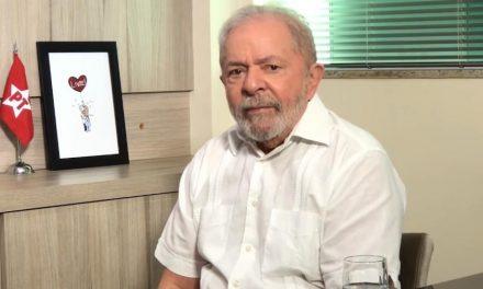Weintraub 'destruiu' educação e Bolsonaros trabalham com mentira, diz Lula