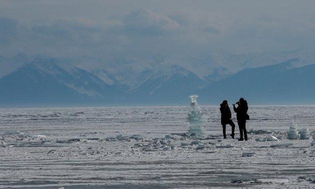 Agência meteorológica da ONU estuda relatos 'preocupantes' sobre calor no Ártico