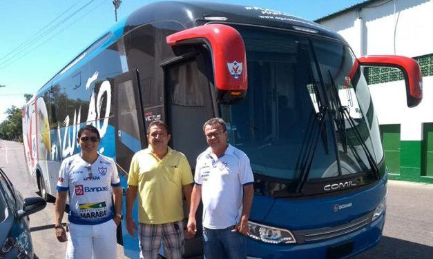 Águia recebe ônibus oficial para treinos e jogos