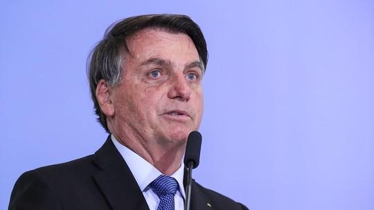Bolsonaro cita 'possibilidade de veto' do projeto contra fake news e diz que texto não deve 'vingar'