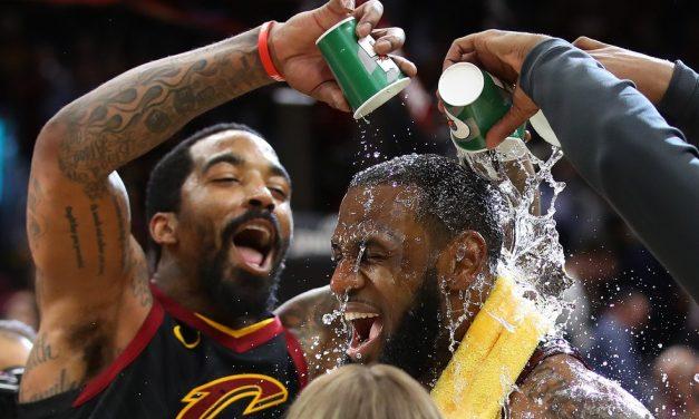 J.R. Smith assina com os Lakers e reforça time de LeBron na retomada da temporada