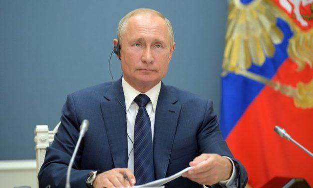 Reforma que permite a Putin ficar no poder até 2036 foi validada por 77,92%