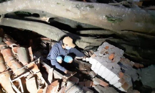 Tio salva bebê de escombros após passagem de ciclone bomba em SC, diz TV