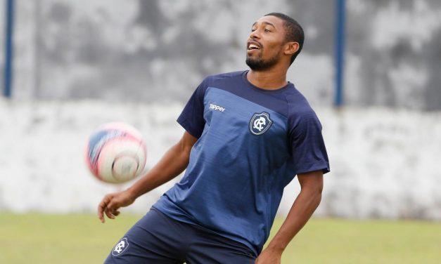 Volante remista busca vaga no time titular de Mazola Junior