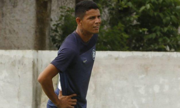 """Grande revelação azulina em 2019, Kevem retorna ao Remo e espera """"retribuir o carinho da torcida"""""""
