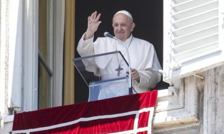 Papa Francisco elogia resolução da ONU que pede o fim de conflitos para combater o coronavírus