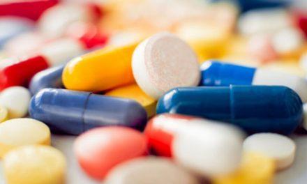 Tomar medicamentos sem prescrição médica pode prejudicar os rins?