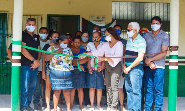 Prefeita inaugura mais uma escola na zona rural