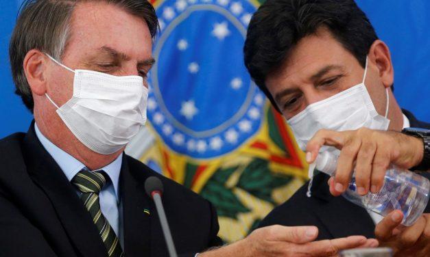 'Presidente criou narrativa da gripezinha e passou a acreditar', diz Mandetta