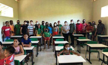 Prefeitura inaugura reforma e ampliação de mais uma escola da zona rural